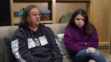 Indigenous man files human rights complaint after he and his daughter were handcuffed 6