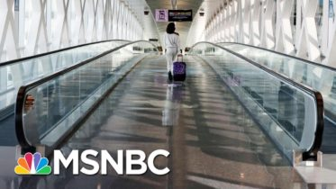 ER Doctor: We're Begging People To Stay Home On Thanksgiving | The 11th Hour | MSNBC 6