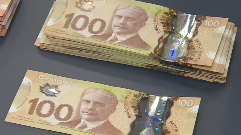 Why many retailers are now refusing $100 bills 1