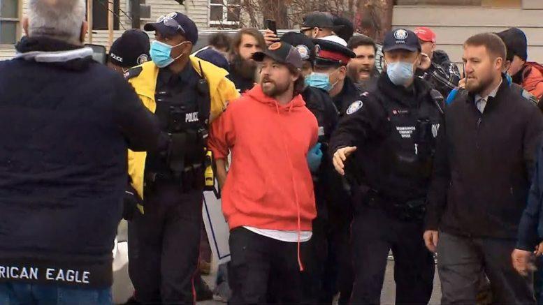 Toronto restaurant owner arrested for defying lockdown orders 1