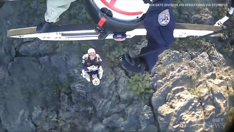 Hiker trapped under boulder rescued from Calif. mountainside 1