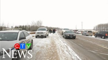 RCMP blocks drive-in church service from happening in Manitoba 6
