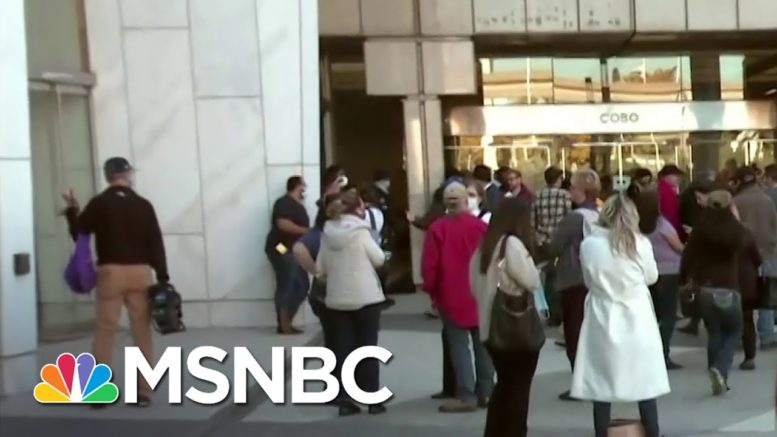 Detroit Sees 'Mob Like Scene' Of Poll Watchers Outside Vote Counting Facility | MSNBC 1