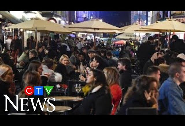 Crowds packed London's Soho before a month-long national lockdown to stop the spread of COVID-19. 1