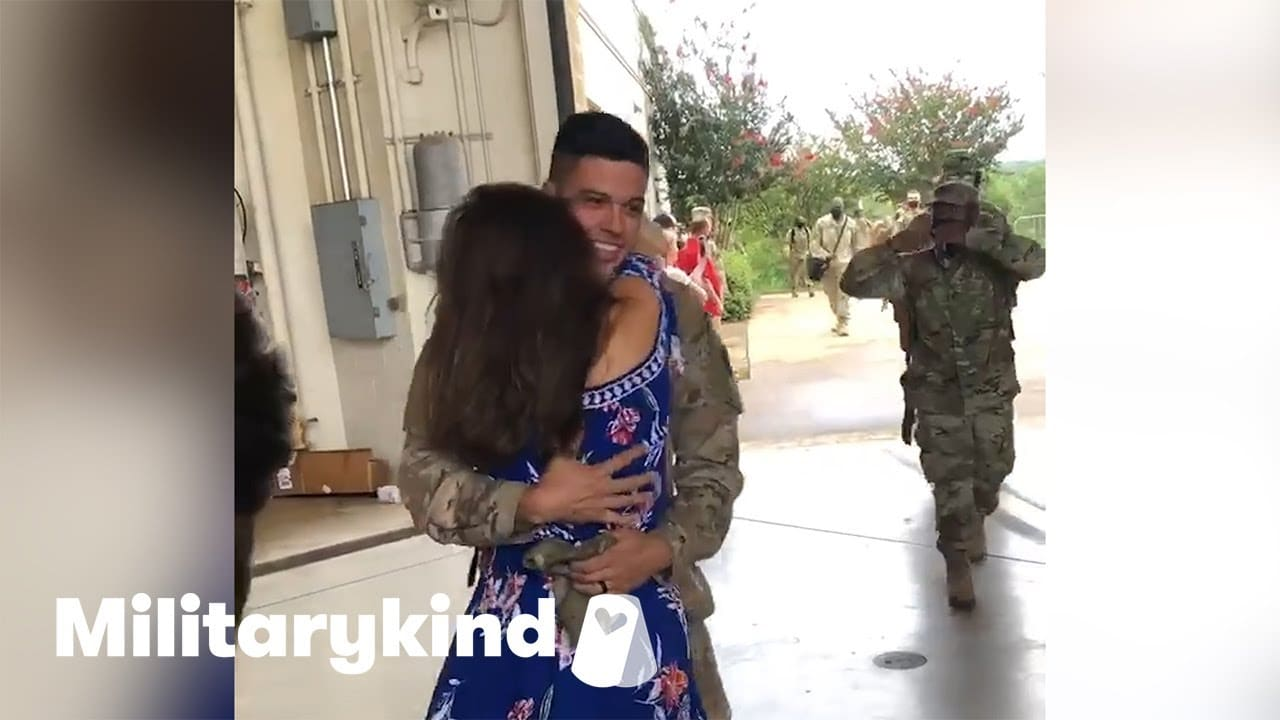 Wife jumps into soldier's arms after a year apart | Militarykind 9