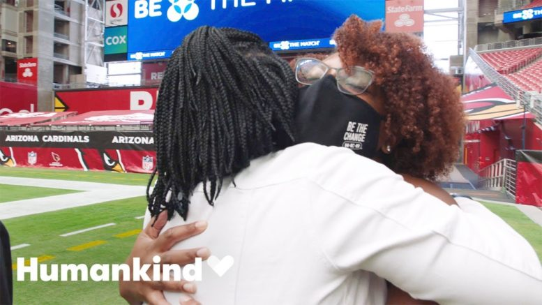 Mom embraces stranger who cured her son | Humankind 1