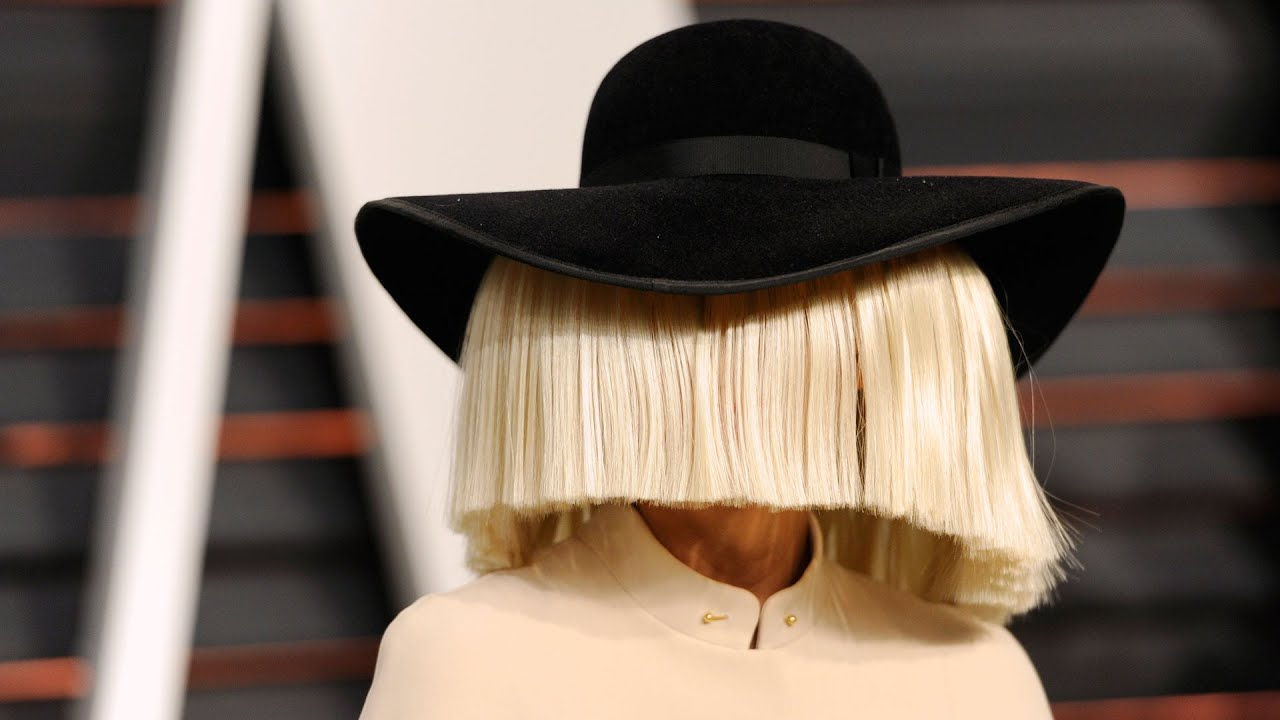 Sia says LaBeouf 'conned' her into 'adulterous' relationship 1