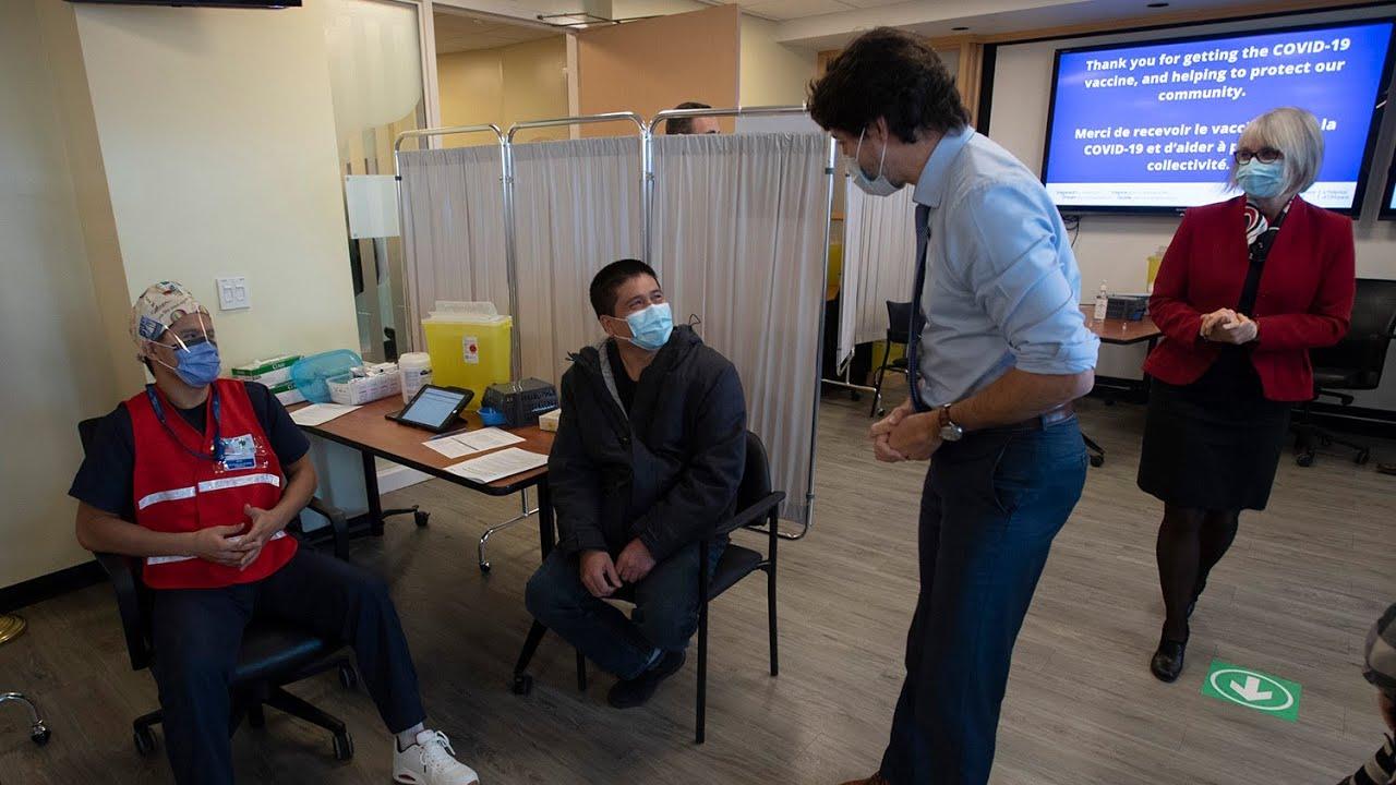 PM Trudeau visits hospital where COVID-19 vaccine given 1