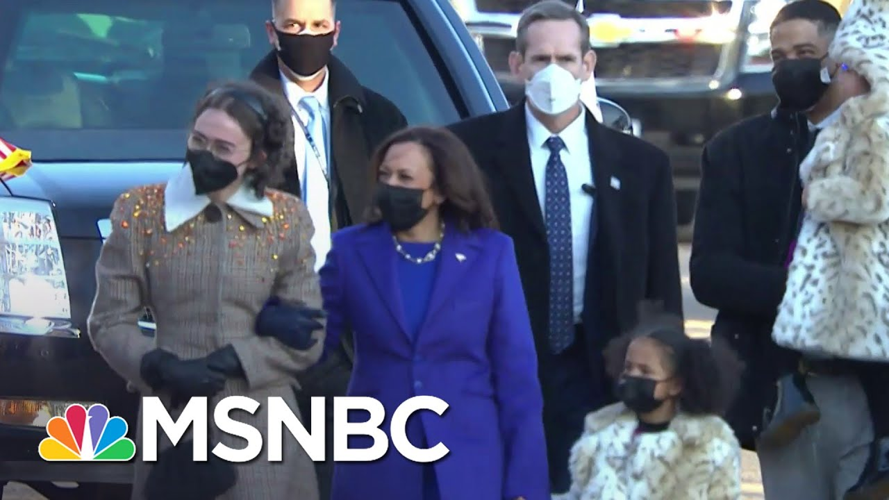 Harris Walks To The White House For First Time As Vice President | MSNBC 1