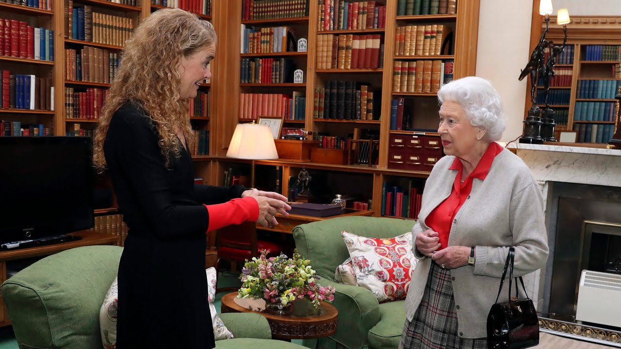 What role will Queen Elizabeth play after Payette's resignation? 1