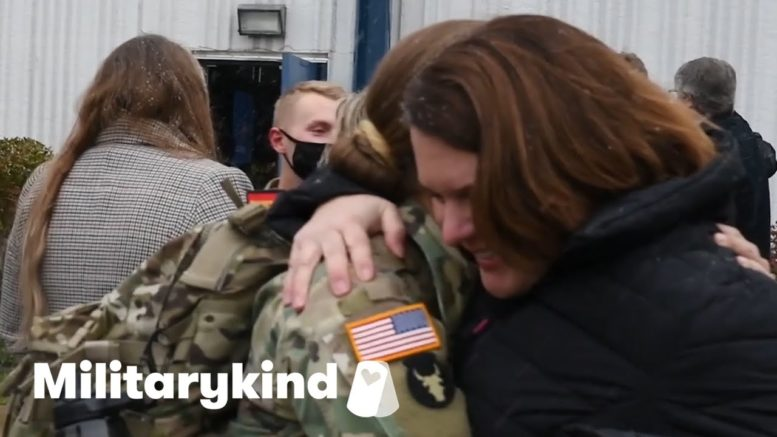 Soldier follows in Army mom's footsteps | Militarykind 1