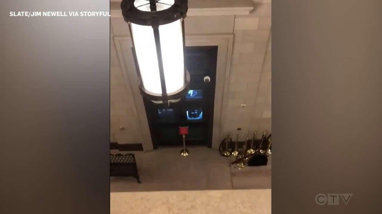 Pro-Trump protesters bang on doors of U.S. Capitol 8
