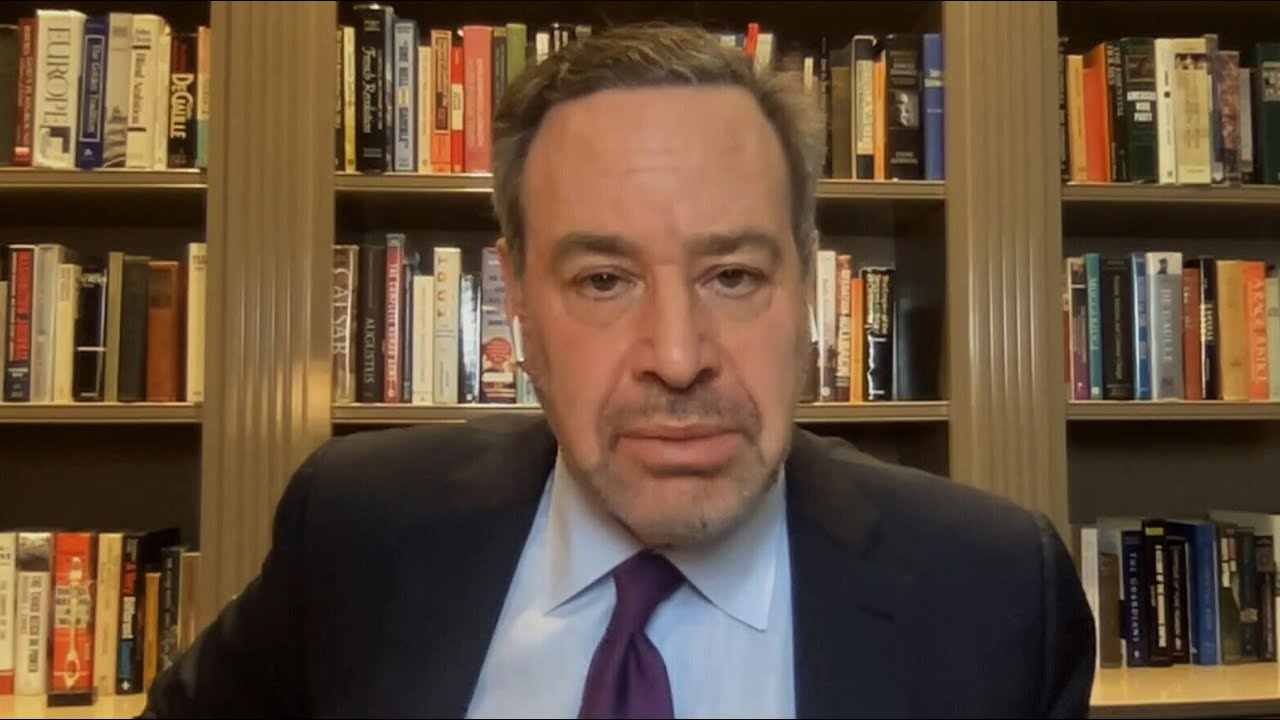 Frum: Another impeachment will reign in Trump's worst instincts ahead of a 'violent transition' 7