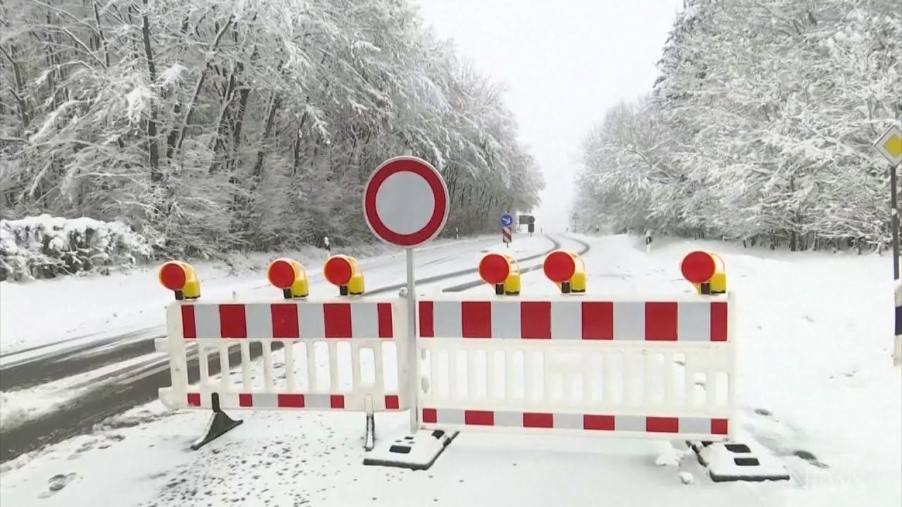German town blocks road to ski resort to contain COVID-19 5