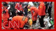 'Desperate' rescue efforts ongoing as Indonesia quake kills dozens 2