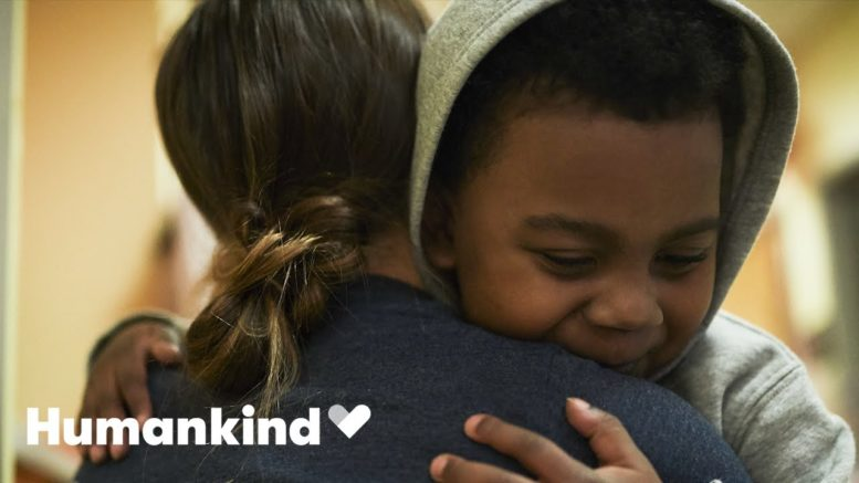Six-year-old goes home after a year in the hospital | Humankind 1