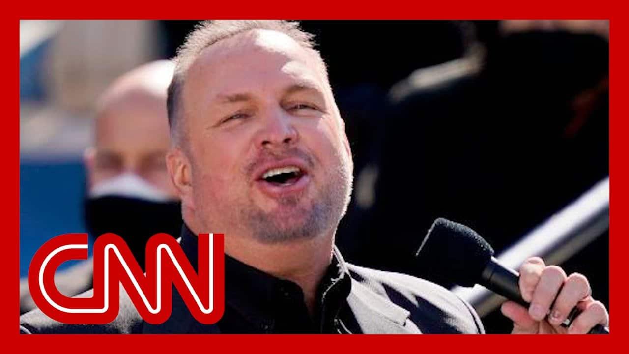 "Garth Brooks sings ""Amazing Grace"" at Biden's inaguration 1"