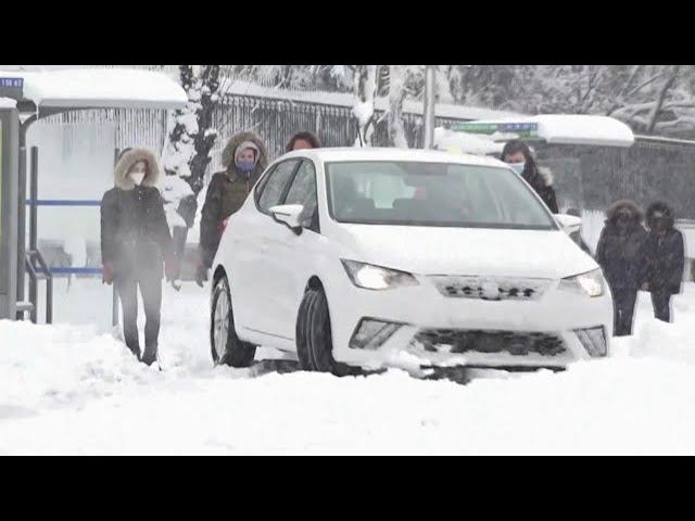 Spain hit by unprecedented snow storm 1