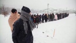Migrants trying to cross EU borders stuck in freezing conditions 2