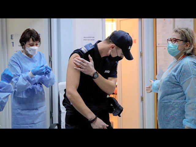 World in race to stop spread of mutating coronavirus: WHO 1