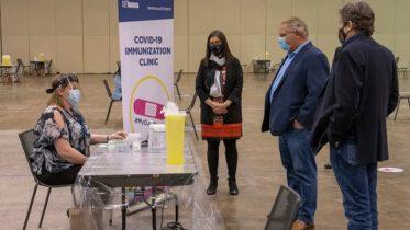 Toronto opens mass vaccination centre at convention centre | COVID-19 6