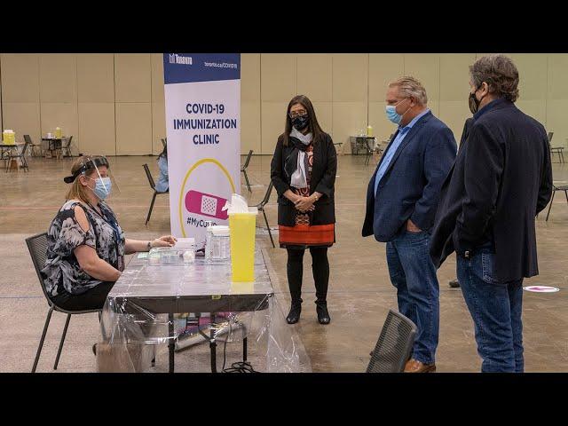 Toronto opens mass vaccination centre at convention centre | COVID-19 2