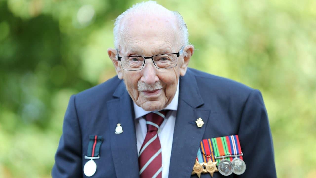 Captain Sir Tom Moore, icon of U.K. COVID-19 lockdown, dies 2