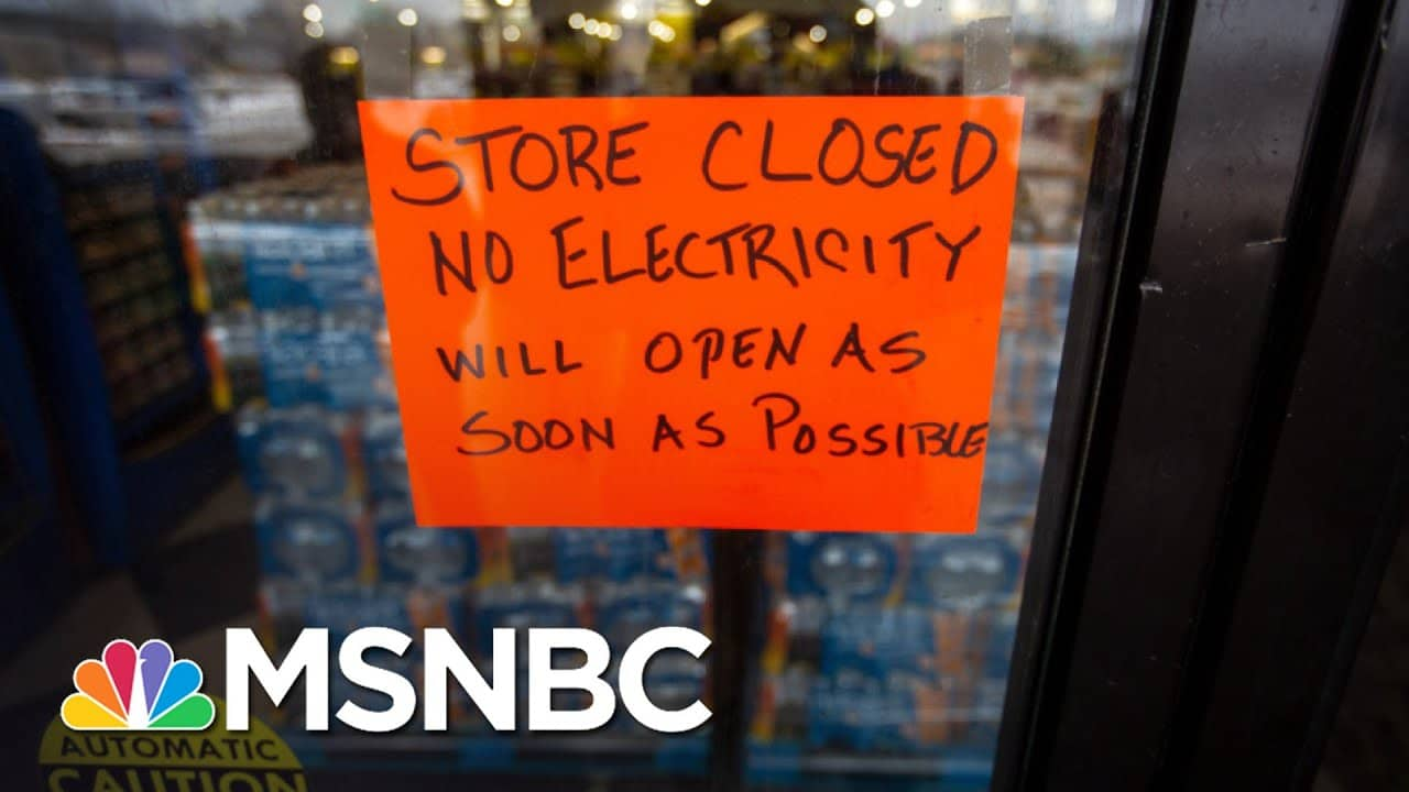 Politicians Play The Blame Game As Texans Huddle In The Dark | The 11th Hour | MSNBC 7
