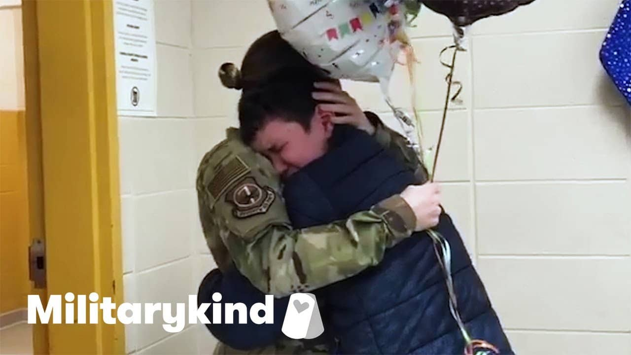 Teen tackles Airman mom when she surprises him | Militarykind 2