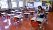 Ontario teachers' federation concerned about in-person class resuming 2