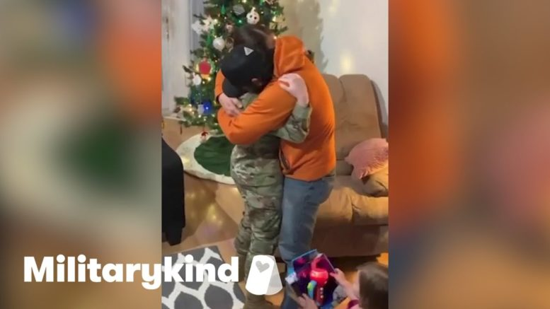 Husband breaks down when airman walks in | Militarykind 1
