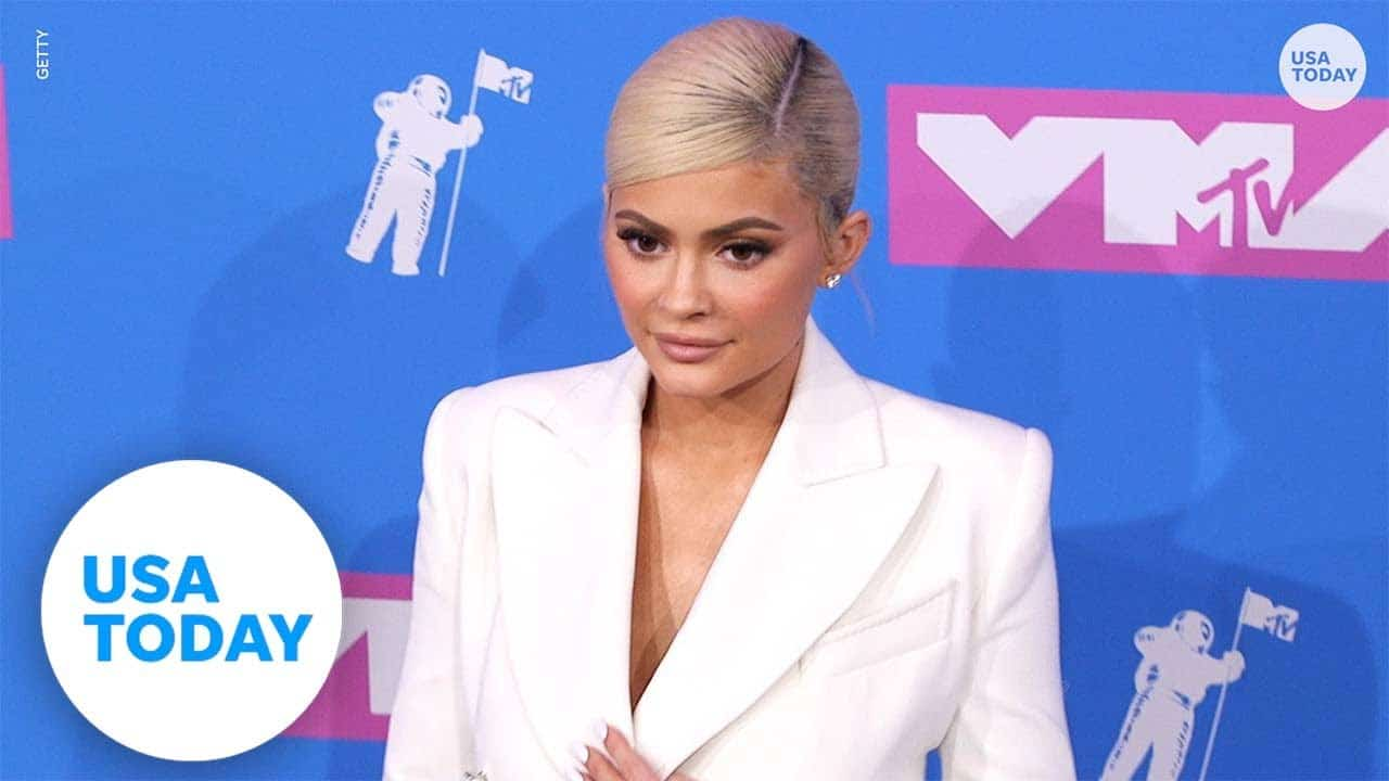 Kylie Jenner faces backlash for asking fans to donate to GoFundMe   USA TODAY 1