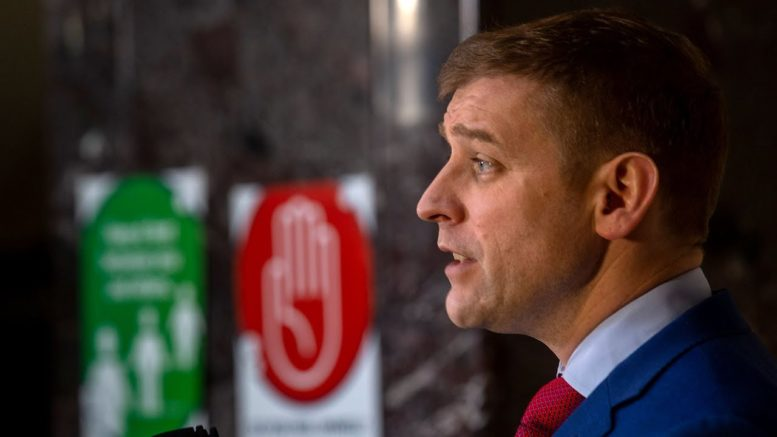 N.L. Liberals under Andrew Furey win slim majority after prolonged campaign 1