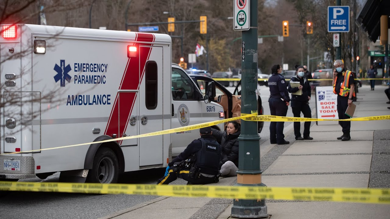 Witness to B.C. stabbing describes 'chaotic scene' 5