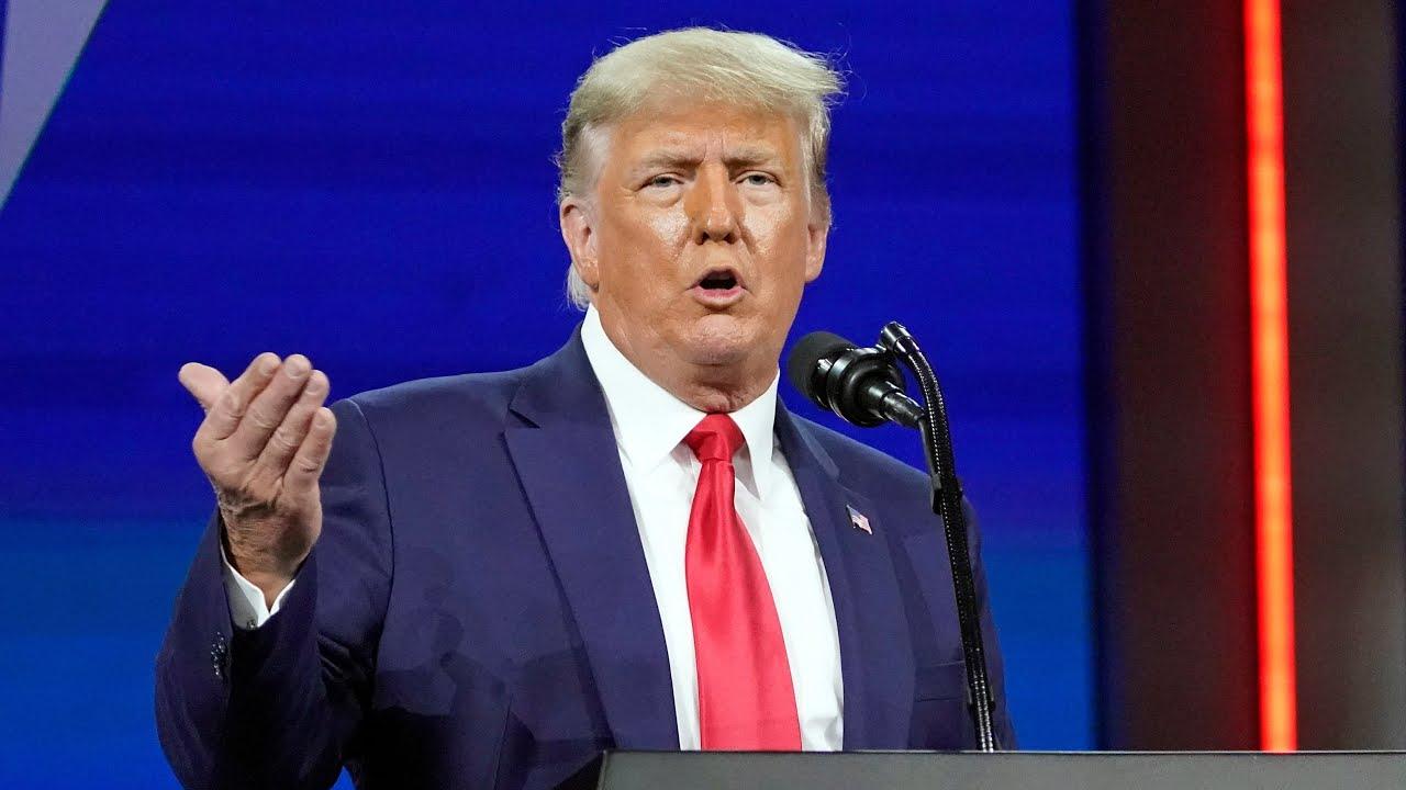 Trump calls out disloyal Republicans, vows revenge at CPAC 4