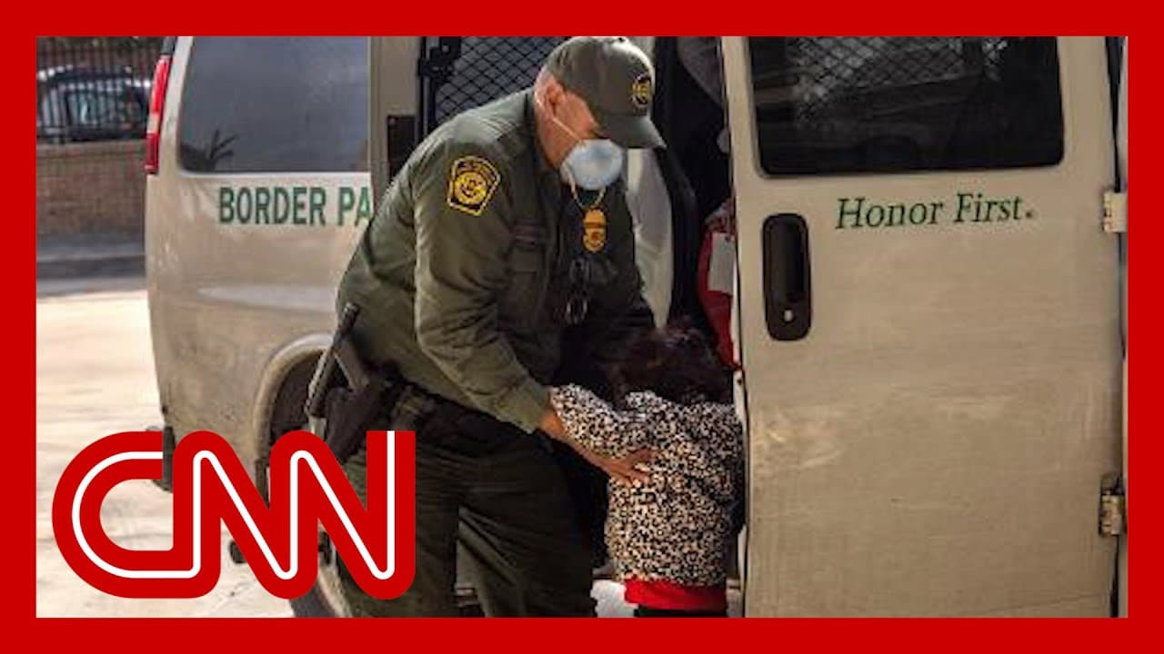 Record number of migrant children held at US-Mexico border 1