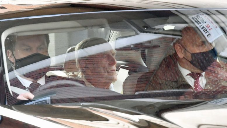 Prince Philip returns home after spending month in hospital 1