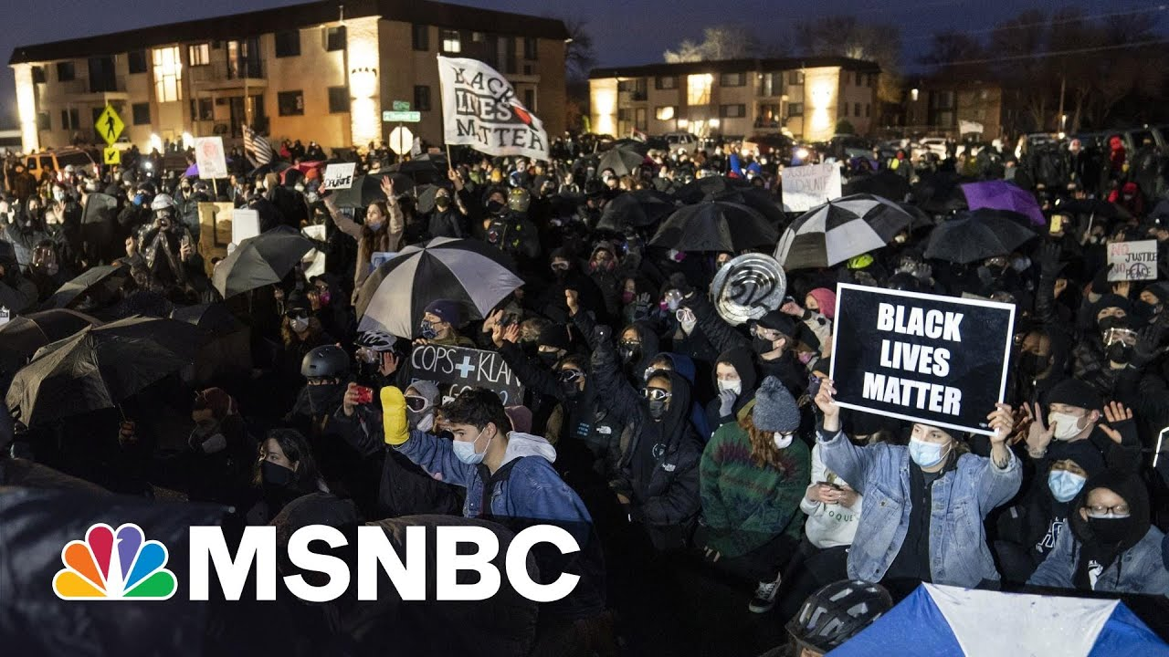 A Week Of Law Enforcement Headlines Leaves Americans Looking For New Solutions | Rachel Maddow 3