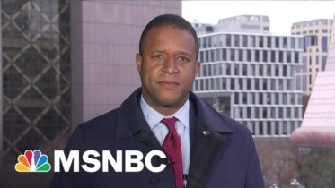 Craig Melvin Reports From Minneapolis As Chauvin Trial Closing Arguments Begin   Stephanie Ruhle 6