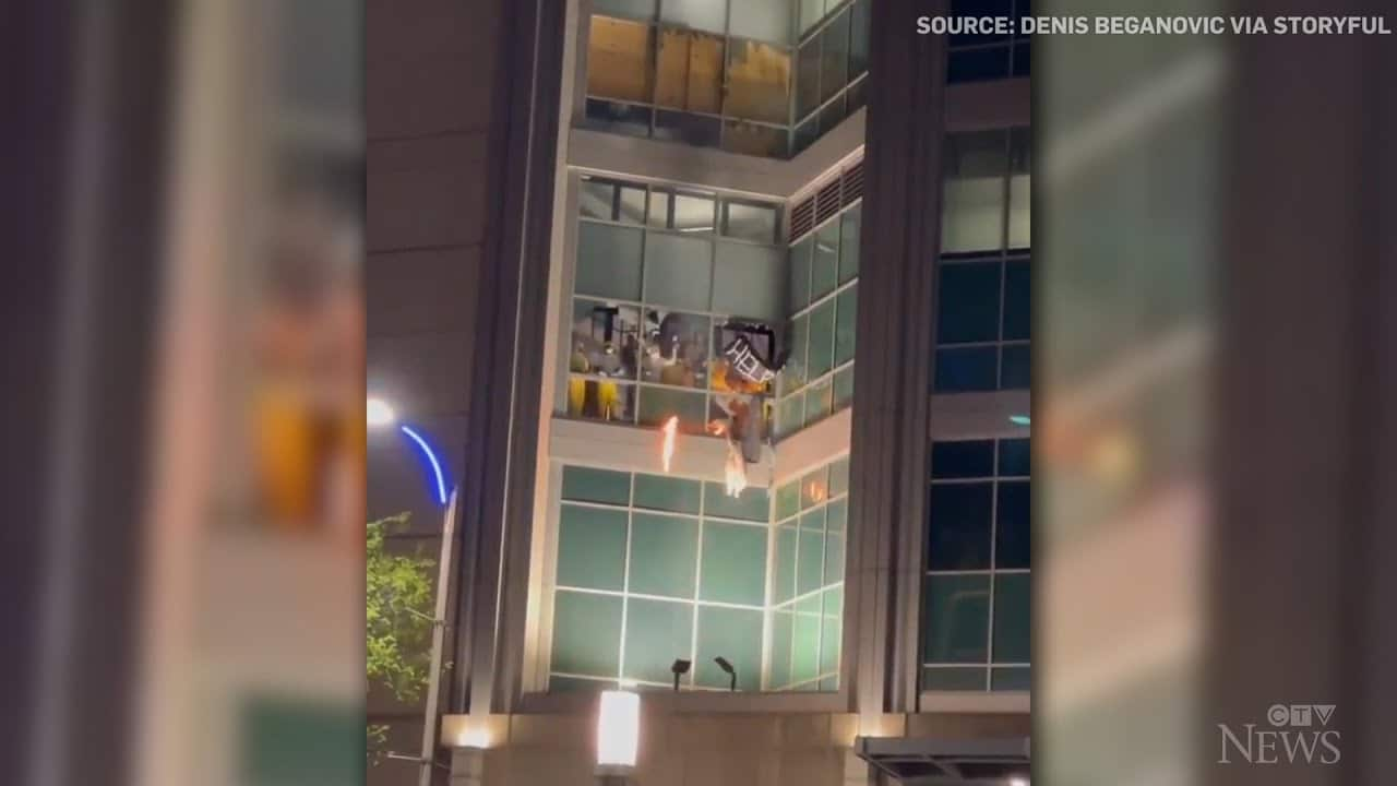 Fires started as riot breaks out in St. Louis city jail 6