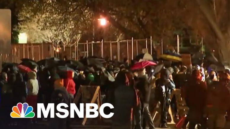 Protesters See Double Standard In Lack Of Murder Charge For Cop In Wright Killing | Rachel Maddow 1