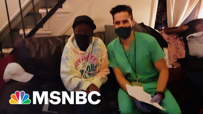 Nurse Practitioner Rushes To Vaccinate Those Homebound Before Doses Expire | The Last Word | MSNBC 1