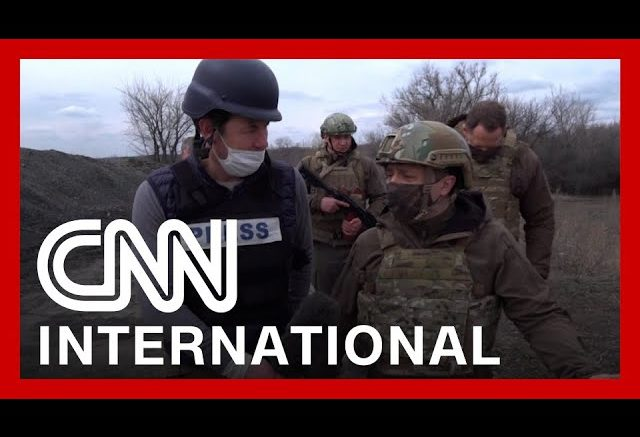 Unprecedented footage shows front line of Ukrainian conflict 1