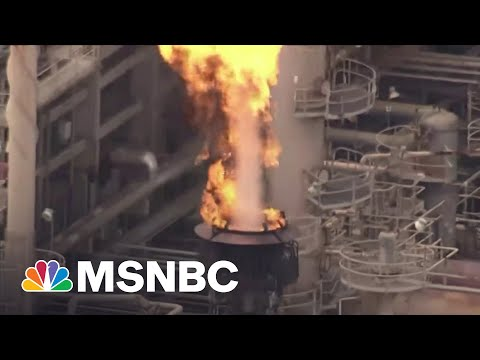 Big Oil Suffers Setbacks, Forced To Deal With Climate Change | Maddow 7