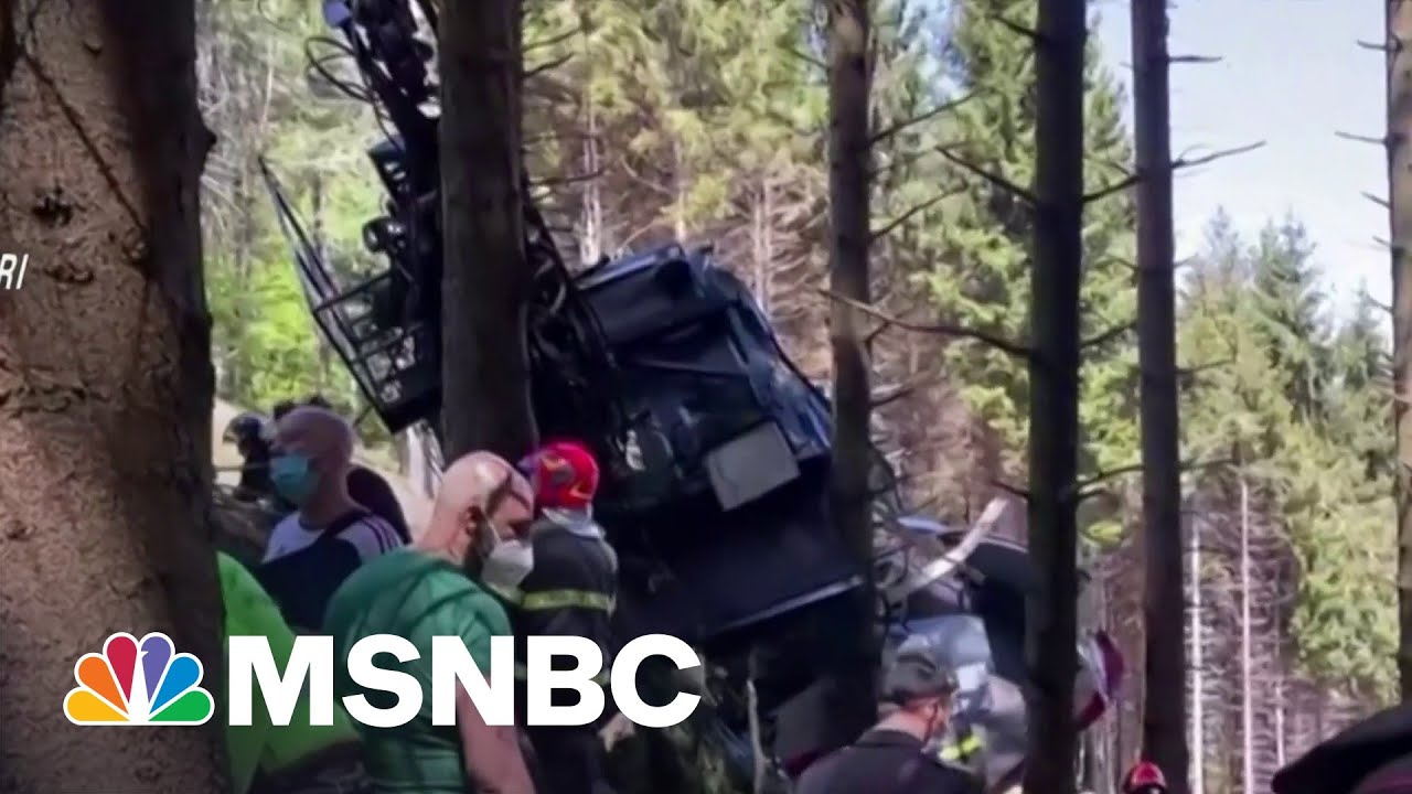 At Least 13 Killed After Italian Cable Car Plunges Into The Ground 1