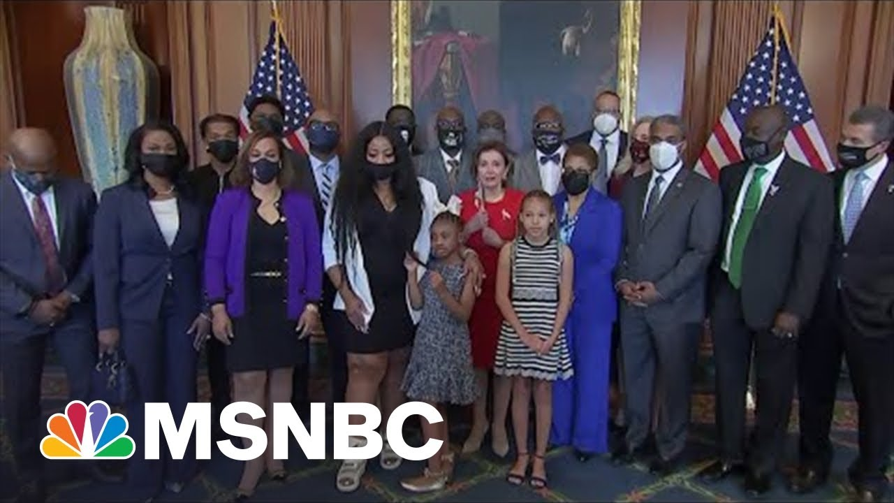 Family Of George Floyd Meets With Speaker Pelosi | MSNBC 8