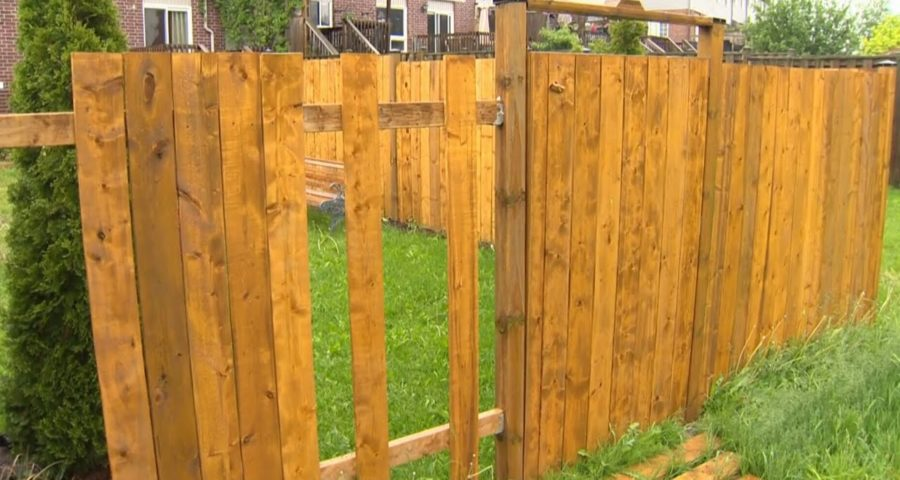 Ont. family has pieces of fence stolen as lumber prices soar 1