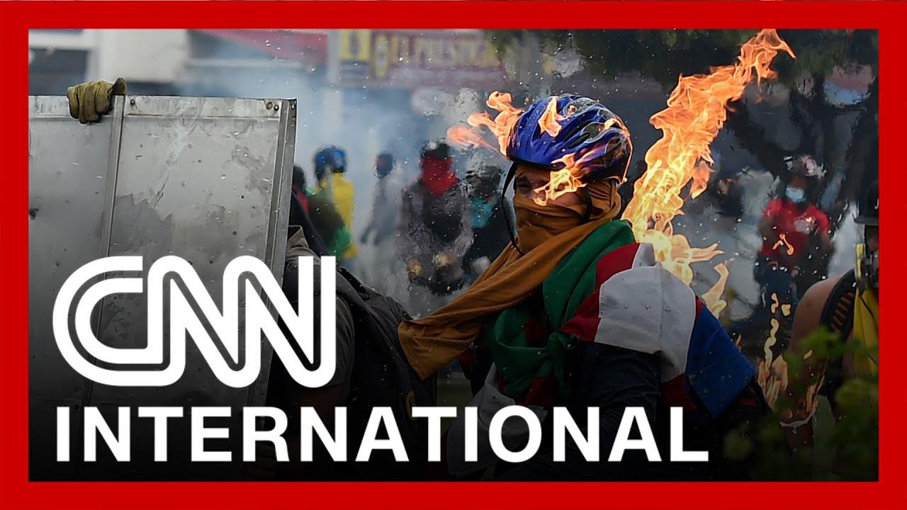 Violent protests erupt in Colombia 6