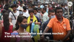 India COVID-19 crisis: Oxygen running out, crematoriums overwhelmed 6