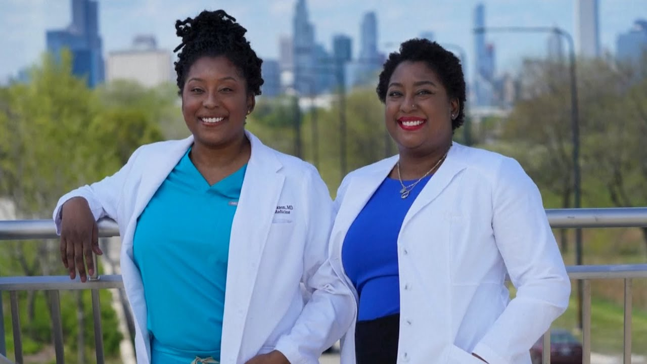 Twin doctors are trying to end racism in medicine 1